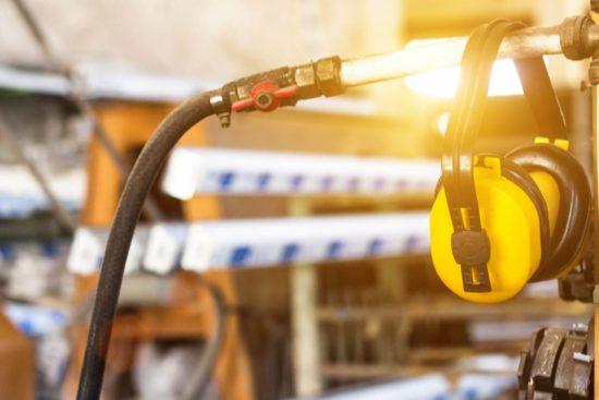 Raffrescatori evaporativi perché installarli nell'industria metalmeccanica - rumore